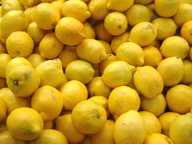 DIY Fresh Lemon Cake