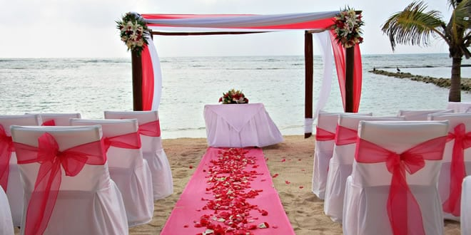 Beach Vow Renewal Theme Ideas