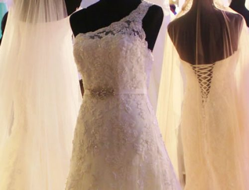 5 Things You Must Know Before You Go Vow Renewal Dress Shopping