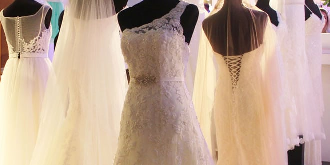 5 Things You Must Know Before Vow Renewal Dress Shopping